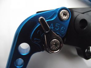 Aprilia FALCO/SL1000 (00-04), CNC levers short blue/chrome adjusters, DB80/DC80